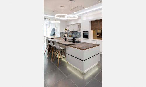 sheraton kitchen in twickenham